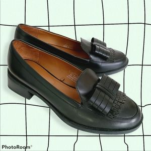 Zara Woman Black Leather Heeled Loafer Size 38 Bow